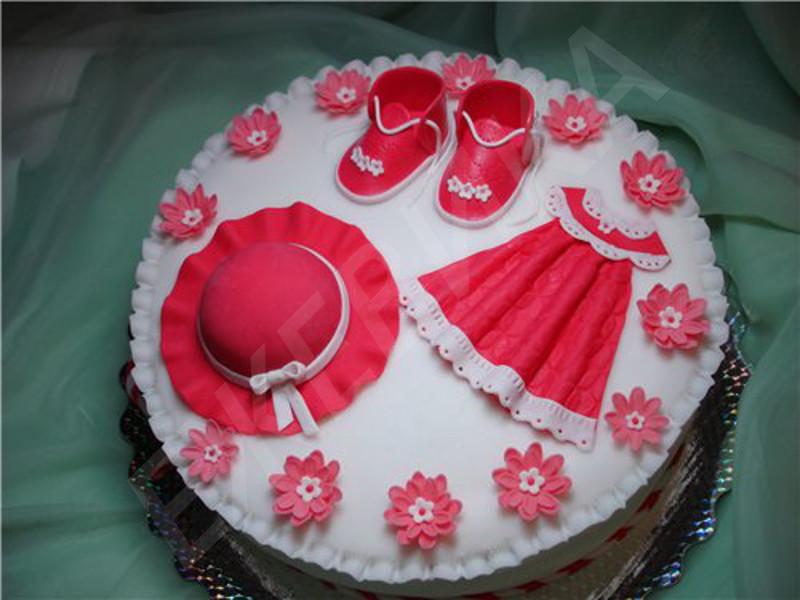 У меня очень скромный тортик девочке на годик. .  У меня уже был аналогичный вариант, только в другом цвете. .